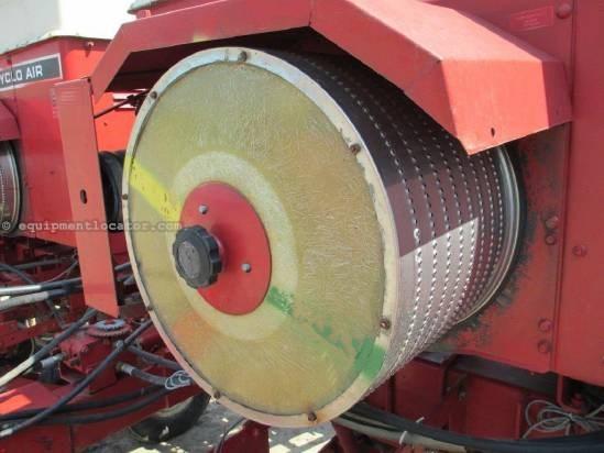 Case IH 800, 16R15, Vacuum Metering, Bulk Fill Planter For Sale