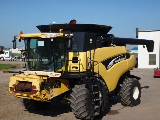 2005 New Holland CR960, 3807 Sep Hr,4WD,RT,Contour,Chopper,Bin Ext Combine For Sale