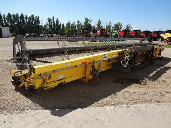 2004 New Holland 94C - 36 ft, Gge Whls (CR960,CR970,CR9060,CR9070) Header-Draper For Sale