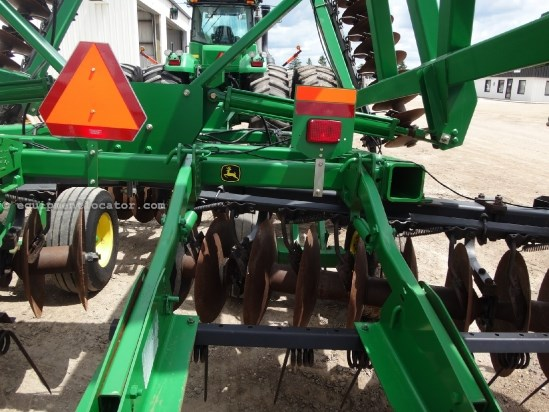 2009 John Deere 637-37ft 10in, Harrow, Rock Flex, Hyd angle Hitch Disk Harrow For Sale