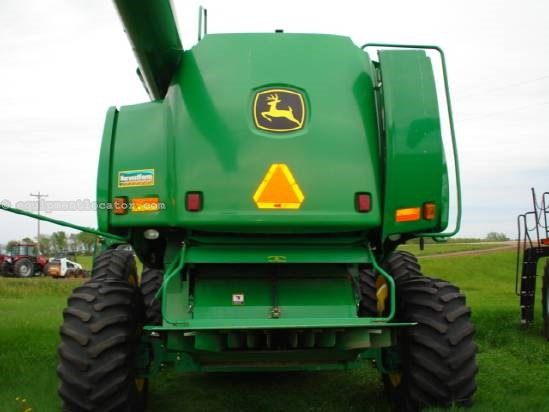 2004 John Deere 9760 Combine For Sale