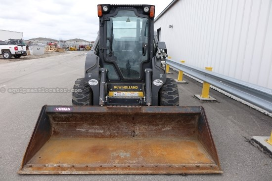 2011 New Holland L225, Cab W/ Heat & Air, 2 Spd, Block Heater Skid Steer For Sale