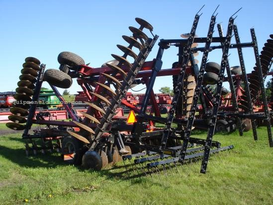 2005 Case IH RMX340,28', PT, Furrow Filler, Scrapers,Rigid Gang Disk Harrow For Sale