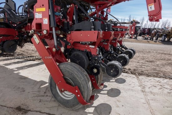2009 Case IH 1250, 16R30, 3 Pt, Vac Meter, Bulk Fill, Trash Whl Planter For Sale