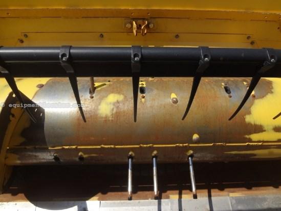 2011 New Holland 740CF -35Ft, Contour (CR9060,CR9065,CR9070,CR9080) Header-Flex For Sale