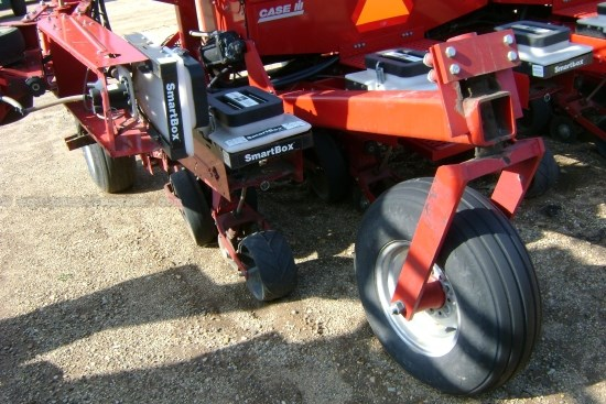 Case IH 955, 12R30, Vert Fold, Markers, Bulk, Trash Wheels Planter For Sale