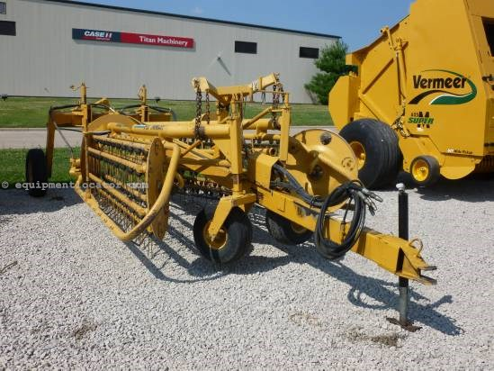 Vermeer R23, 23', Drawbar Hitch, Rubber Tines, Hyd Drive Hay Rake For Sale