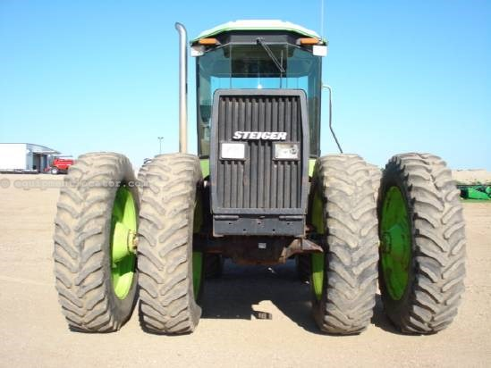1987 Steiger 1000 PUMA - 8985 hrs, 18.4R46 Dls, PTO, 3 hyd   Tractor For Sale