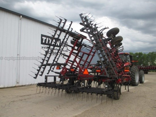 2003 Case IH TMII, 32Ft, 3 Section, Coil Tine Harrows  Field Cultivator For Sale