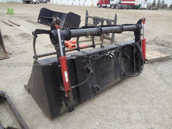 2006 Case IH LX156-(MXU100,MXU110,MXU125,MXU135) Bucket/Grapple Front End Loader Attachment For Sale