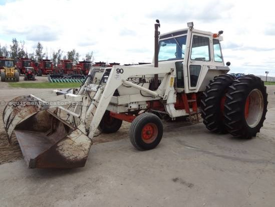 1981 Case 2290-10,224 hrs, Loader/Grapple, 3pt, Duals Tractor For Sale