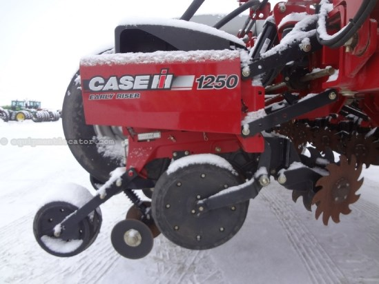 2012 Case IH 1250 - 16R30, FF, 600 acres, PTO Pump, Accu-Row Planter For Sale