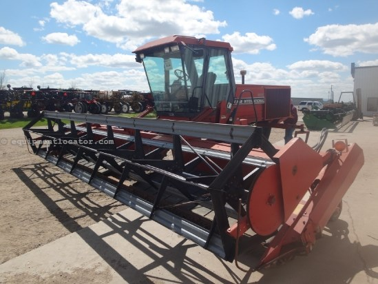 1993 Case IH 8820 - 4300 hrs, 25 ft Draper Head, CAH Windrower-Self Propelled For Sale