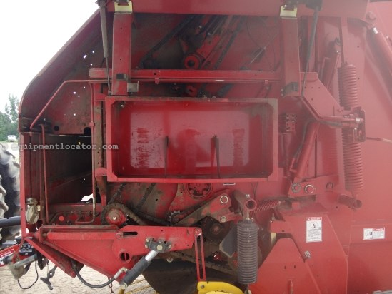 2006 New Holland BR780A - XtraSweep, Hyd Lift PU, Trelleborg Tires Baler-Round For Sale