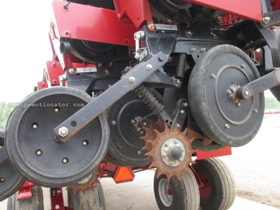 2009 Case IH 1240, UPTIME READY!, 12/23, Skip Row, Vac Meter Planter For Sale