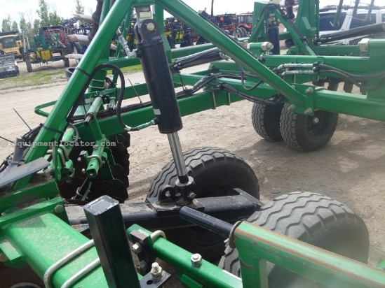 2012 Summers 2510 DT-40 ft, 24 in blades, 10 inch space, harrow Disk Harrow For Sale