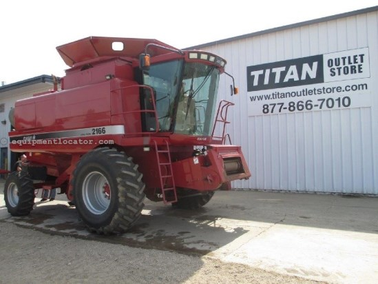 1997 Case IH 2166, 2062 Sep Hr, AHH, Ext, Dlx Cab, Chop, Spread Combine For Sale