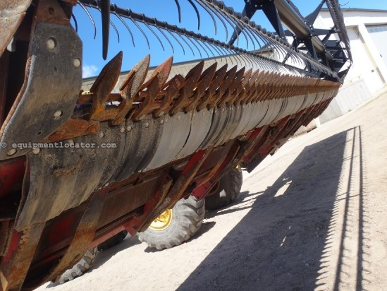 1997 Case IH 1020 - 30 ft, AHHC (1680,1688,2188,2388,2588) Header-Flex For Sale