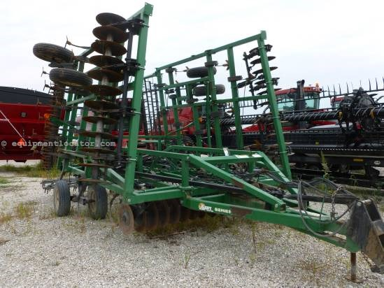 2006 Great Plains 6326, 26', 5 Bar Frame, Hyd Fold, Spike Harrows Field Cultivator For Sale