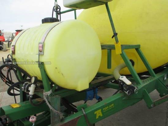 1991 TopAir 1000, 60' Booms, Single Noz, 1000 Gal Sprayer-Pull Type For Sale