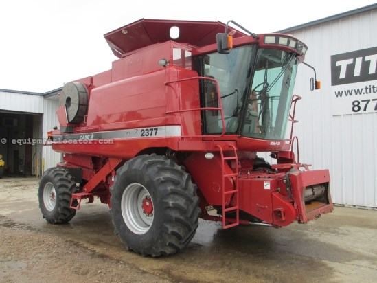 2005 Case IH 2377, 1800 Sep Hr, RWA, FT, RT, Chop, Spread Combine For Sale