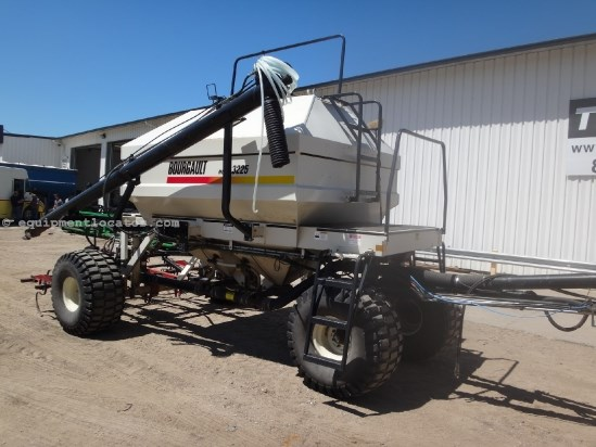 1996 Bourgault 8800/3225 - 41 ft, Harrow, Spikes, 8 inch, 225 bu. Air Drill For Sale