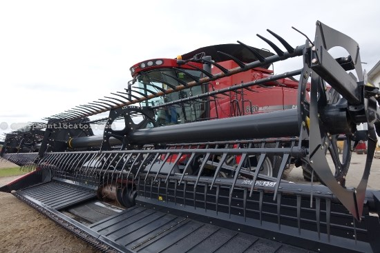 2012 Case IH 2162, 35', FT, POLY, 7120/7130/8010 Header-Draper For Sale