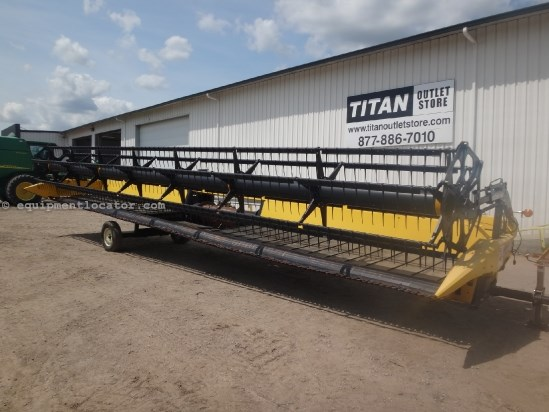 2007 New Holland 88C - 36 ft, Transport, CR960,CR970,CR9060,CR9070) Header-Draper For Sale