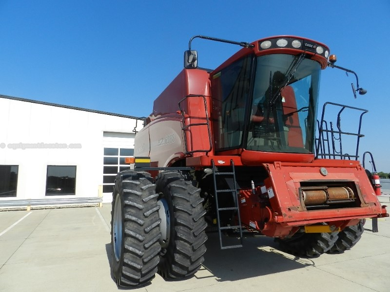 2009 Case IH 6088, 940 Sep Hr, Dlx Cab, RT, Pro 600, Bin Ext Combine For Sale