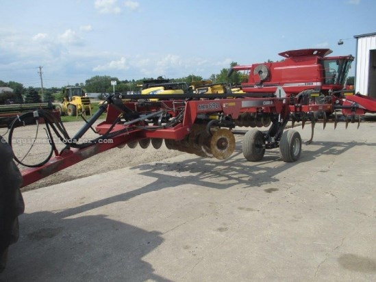 2005 Case IH MRX690,15', 5 Shank, Shearbolt, Hyd Disc Level Adj Disk Ripper For Sale