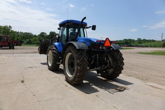 2007 New Holland TV145, Front & rear PTO, 3pt on Front Tractor For Sale