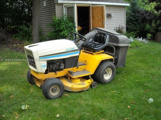 1992 Cub Cadet 1330 Riding Mower For Sale at