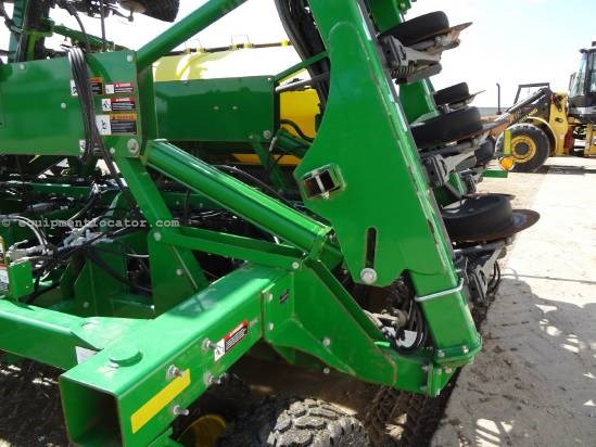 "2008 John Deere 1990CCS, 40 ft, 10"" Spacing, 100 Bushels Air Drill For Sale"