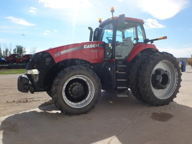 2011 Case IH Magnum 315, Warranty*, Creeper Trans, Q-Hitch Tractor For Sale