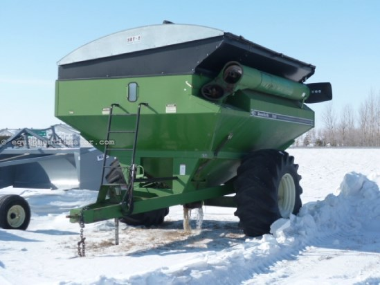"Unverferth 7000, 1000 PTO,20"" Auger Diam,Tarp,Hyd Auger Fold Grain Cart For Sale"