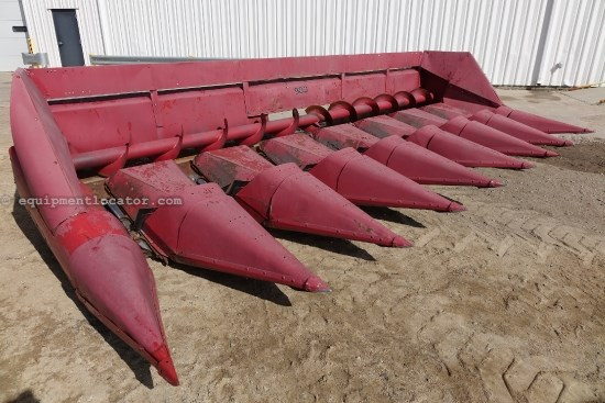 1985 International 983 - 8R30, Knife Rolls (1680,1688,2188,2388) Header-Corn For Sale