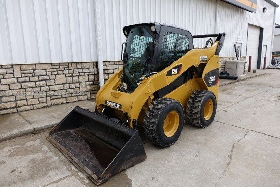2012 Caterpillar 262C, Cab W/Heat and Air, 2 spd  Skid Steer For Sale