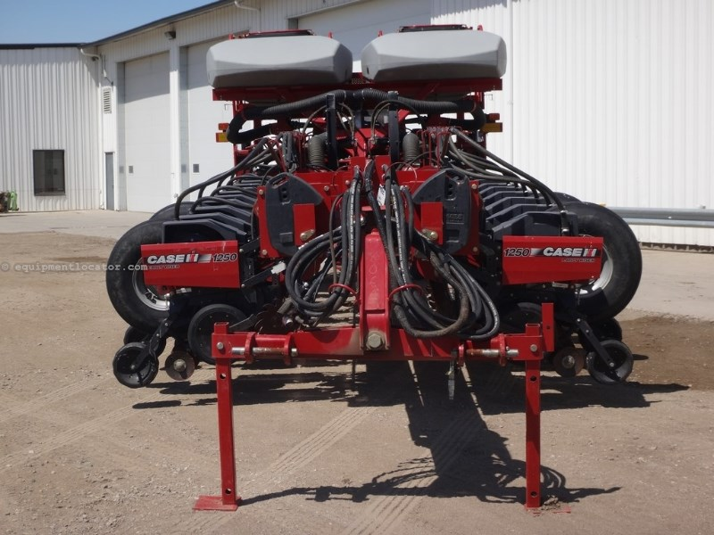 2009 Case IH 1250, 24R30, Whippers, GPS/Pop Monitor, Vac Meter Planter For Sale