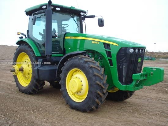 2010 John Deere 8295R - 1576 hrs, HIDs, 5 hyd, Lux Cab Tractor For Sale