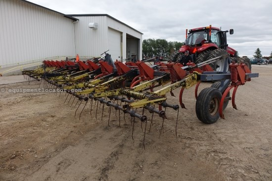 Flexi-Coil 300,39 Ft,3 Sec,Coil Tine Harrows,12 Inch Spacing  Plow-Chisel For Sale
