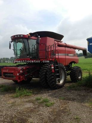 Combine For Sale:  2012 Case IH 8120, 958 Est Hours, 243999.00 USD