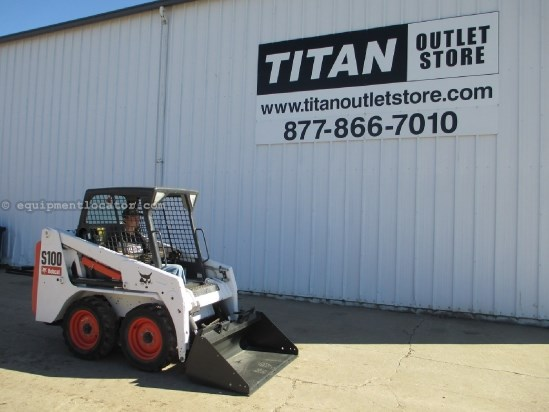 2010 Bobcat S100, 558 Hrs, Hand/Foot Controls, New Bucket Skid Steer For Sale