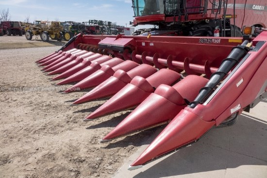 2011 Case IH 2612, 12R30, HHC, FT, 7120/8120/7230/8230/9120 Header-Corn For Sale