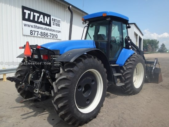 2010 New Holland TV6070 - 2659 hrs, F&R 3pt-hyd-pto, Loader/Grapple Tractor For Sale