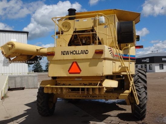 2000 New Holland TR99, 2439 Sep Hr, Grain Loss Monitor, RT, Chopper Combine For Sale