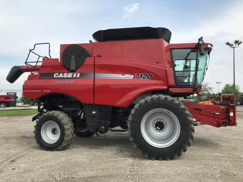 2011 Case IH 7120, 783 Sep Hr, RT, FT, Lux Cab, Pro 600 Combine For Sale
