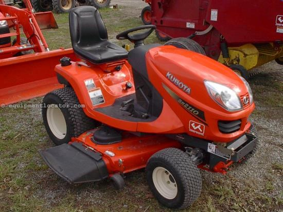 Riding Mower For Sale:  2008 Kubota GR2110-54
