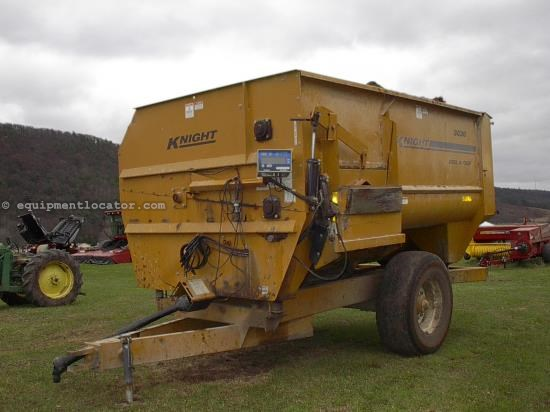 TMR Mixer For Sale:  2000 Knight 3036