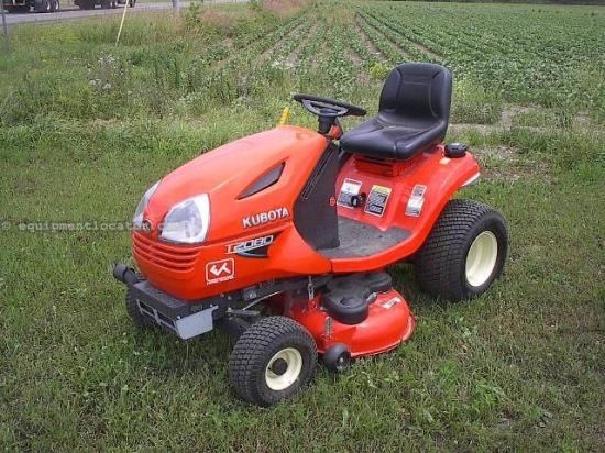 Riding Mower For Sale:  2011 Kubota T2080-42