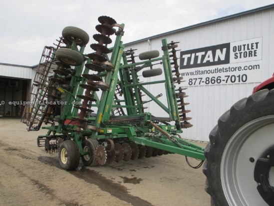 "2007 Great Plains 3000, 30', 10"" Spacing, Rolling Baskets Vertical Tillage For Sale"